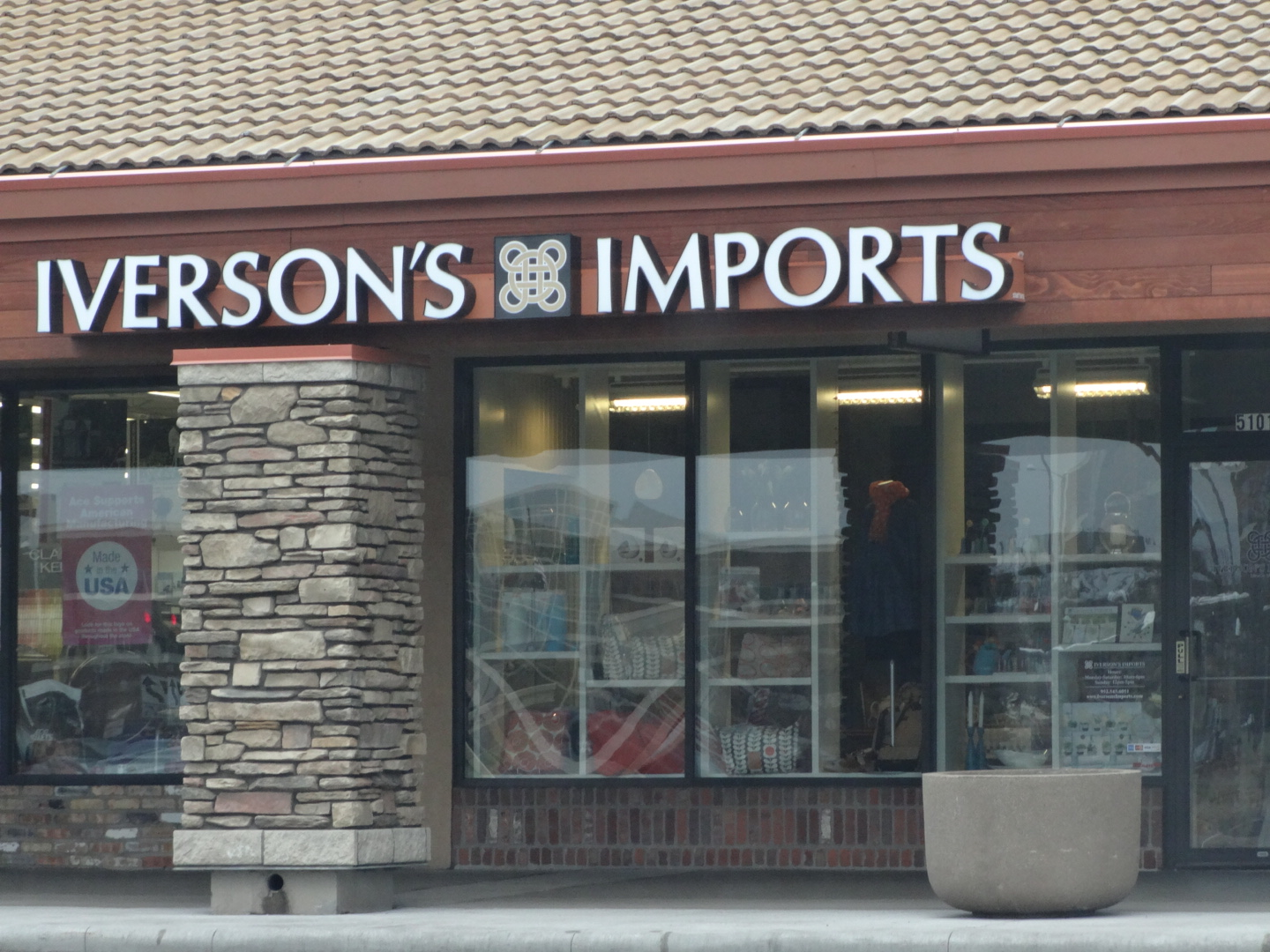Iversons Imports